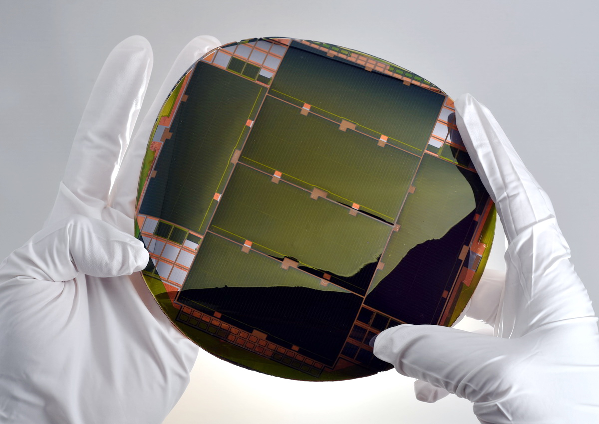 150mm ELO-based IMM Wafer
